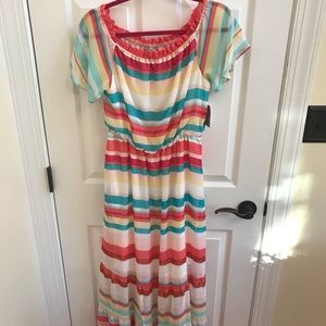 Dresses & Skirts - NEW Striped Short Sleeve Maxi Dress Size M